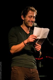 Philipp Czeney, Poetry Slam Filmhaus Lübeck November 2014. christoffer.greiss.photo