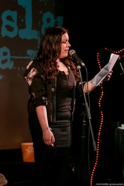 Victoria Helene Bergemann // Poetry Slam 9.1.2016 Lübeck //christoffer.greiss.photo