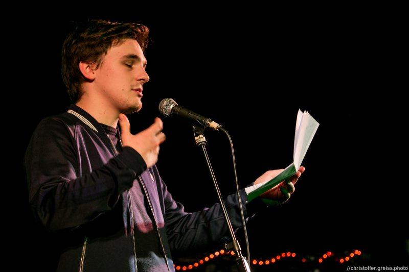 Kaleb Erdmann // Poetry Slam 9.1.2016 Lübeck //christoffer.greiss.photo