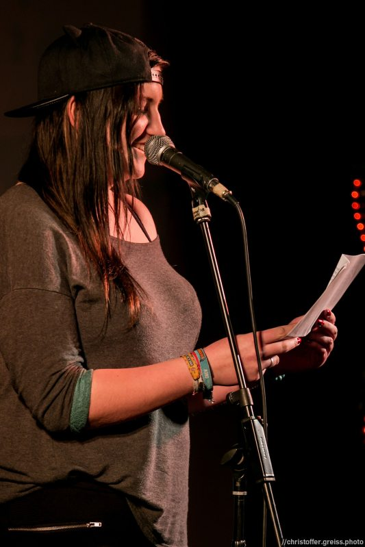 Finnja Krisamer // Poetry Slam 9.1.2016 Lübeck //christoffer.greiss.photo