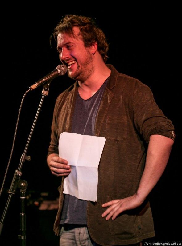 Tobi Katze // Poetry Slam 9.1.2016 Lübeck //christoffer.greiss.photo
