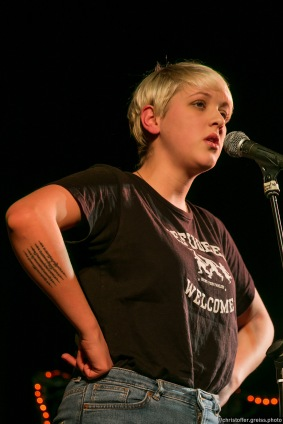 Leonie Warnke // Poetry Slam 12.03.2016 Lübeck // christoffer.greiss.photo