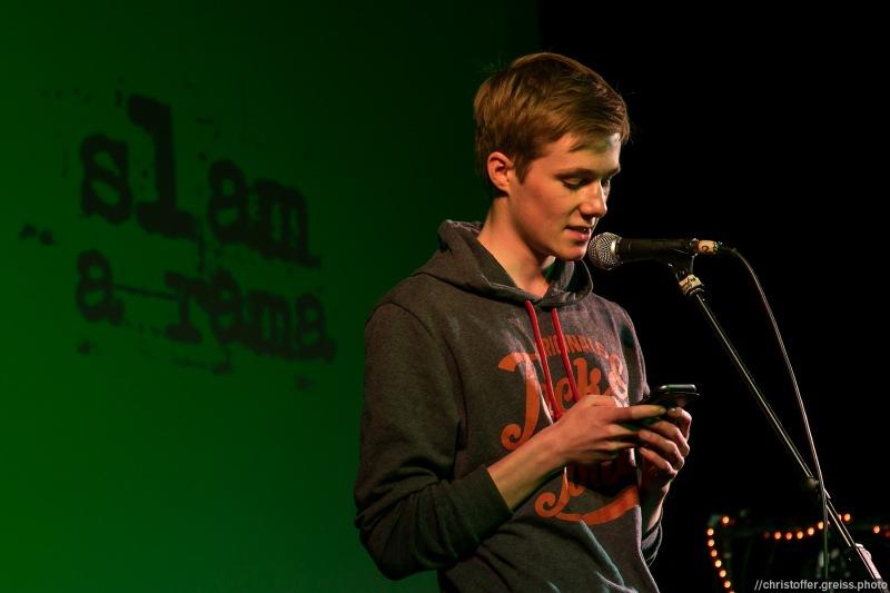 Nils Klinger @ Poetry Slam Filmhaus Lübeck 14.05.2016