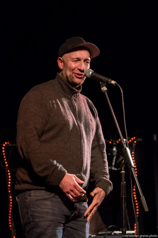 Flo Cieslik beim Slamarama Poetry Slam 12.03.2017 in Lübeck