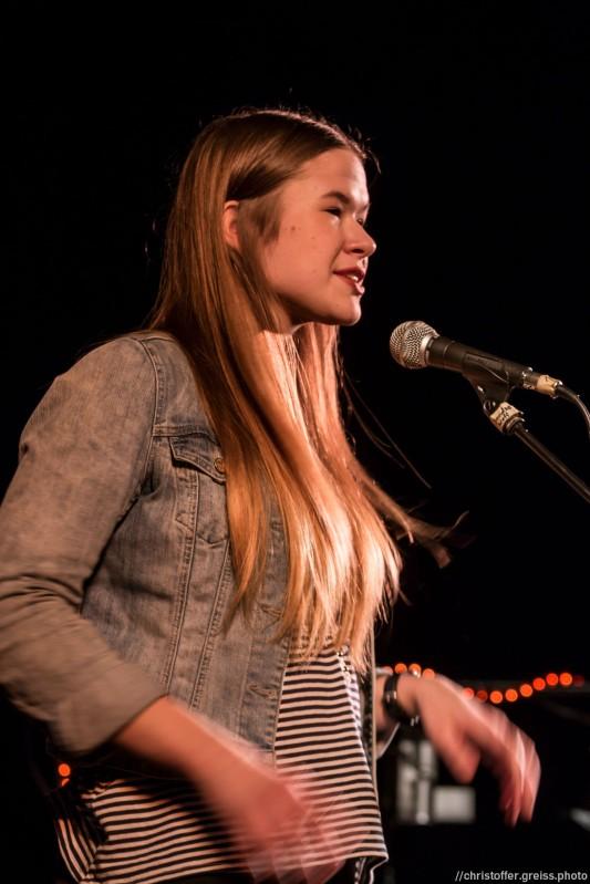 Sophia Strekis beim Slamarama Poetry Slam 12.03.2017 in Lübeck