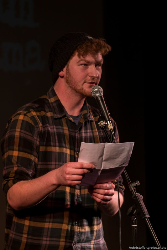 Marten de Wall beim Slamarama Poetry Slam 12.03.2017 in Lübeck