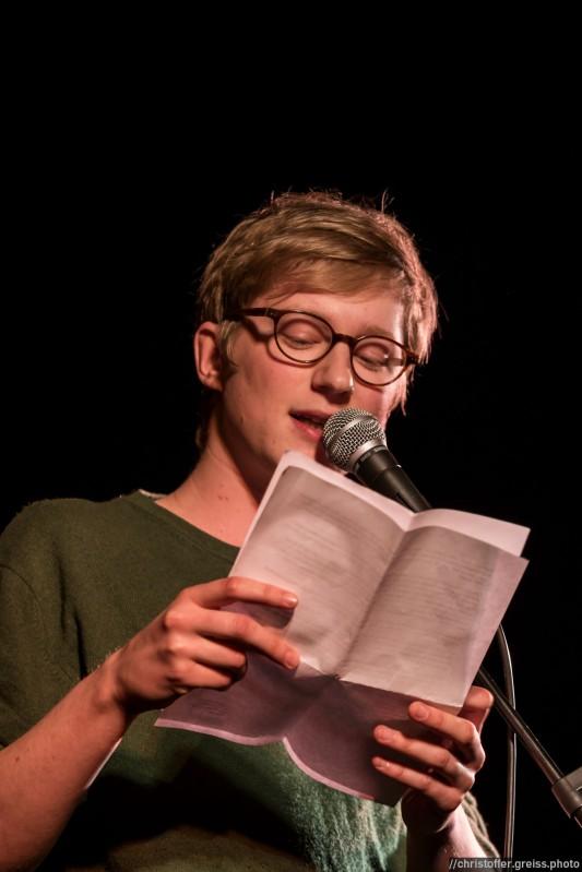 Johannes Berger beim Slamarama Poetry Slam 12.03.2017 in Lübeck