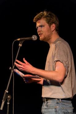 Helge Albrecht beim Best of Poetry Slam am 8.04.2017 im Filmhaus Lübeck