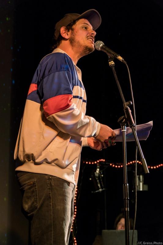 Rainer Holl beim Best of Poetry Slam am 8.04.2017 im Filmhaus Lübeck