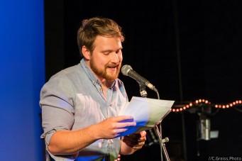 Constantin Koch bei den Schleswig-Holstein Poetry Slam Meisterschaft Halbfinale II 2017 Lübeck im Filmhaus